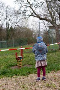 2020-03.19._corona-in-der-uckermarkspielplatz_foto1_sarah-wiltschek